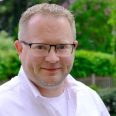 Platzwart Tobias Hedemann vom Osterholzer Erntefest